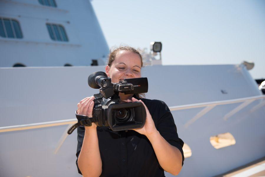 Cruise-Photographer   Video Operator